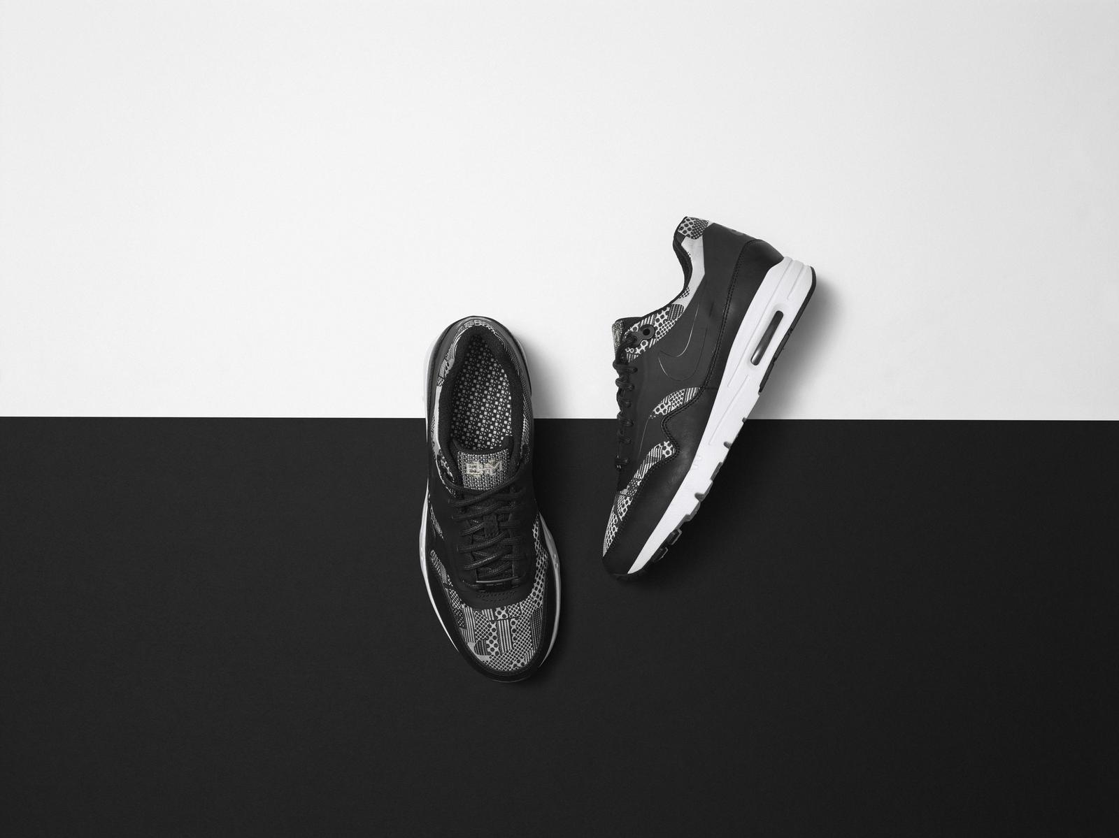 Nike_SP15_BHM_FTWR_WMNS_AMX1_Final