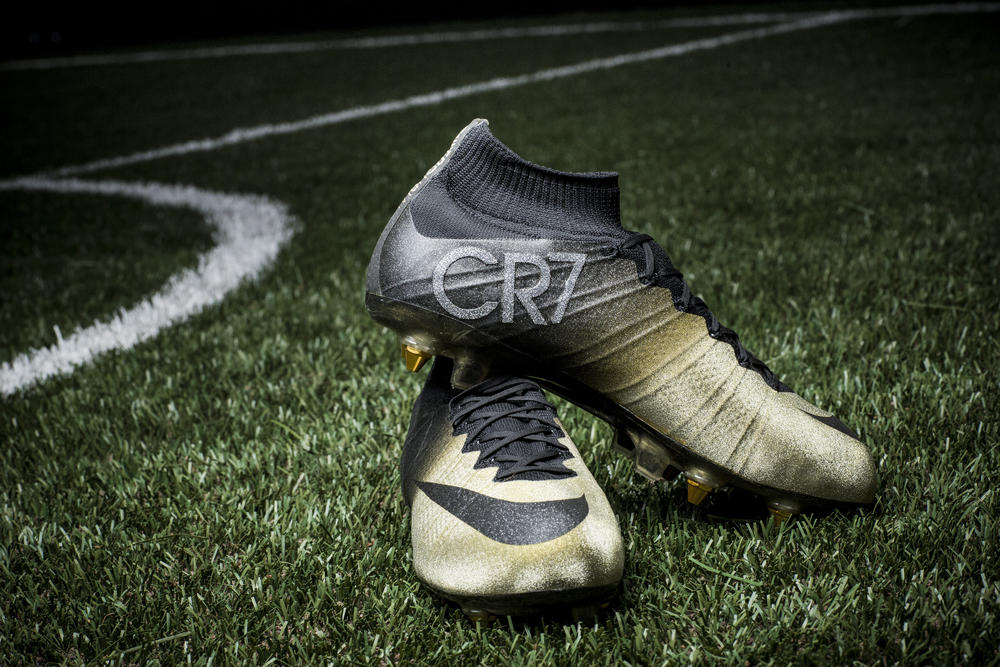 Nike Congratulates Cristiano Ronaldo with Mercurial CR7 Rare Gold