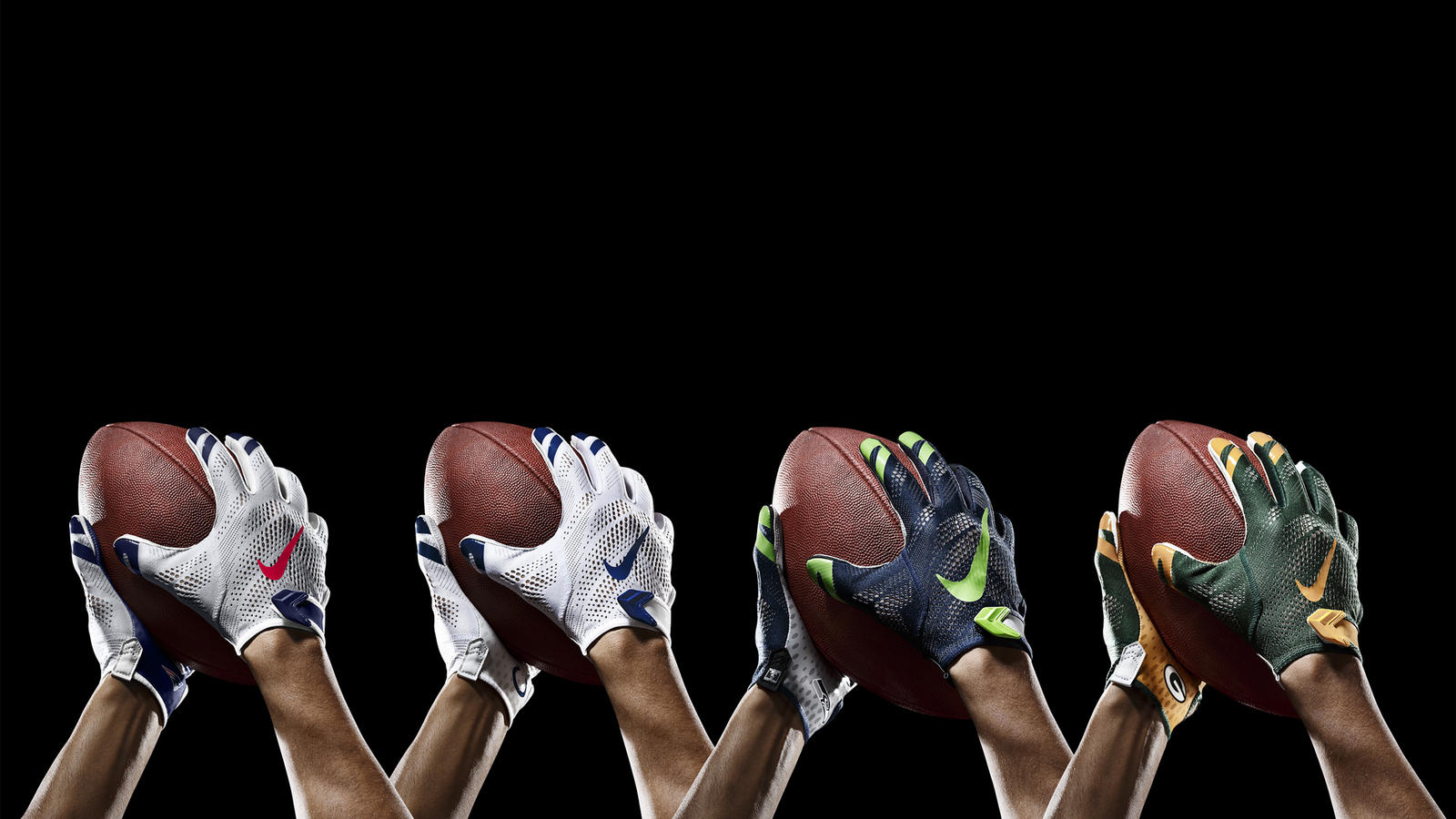 SP14_NFL_SB_TeamGloves_Ball