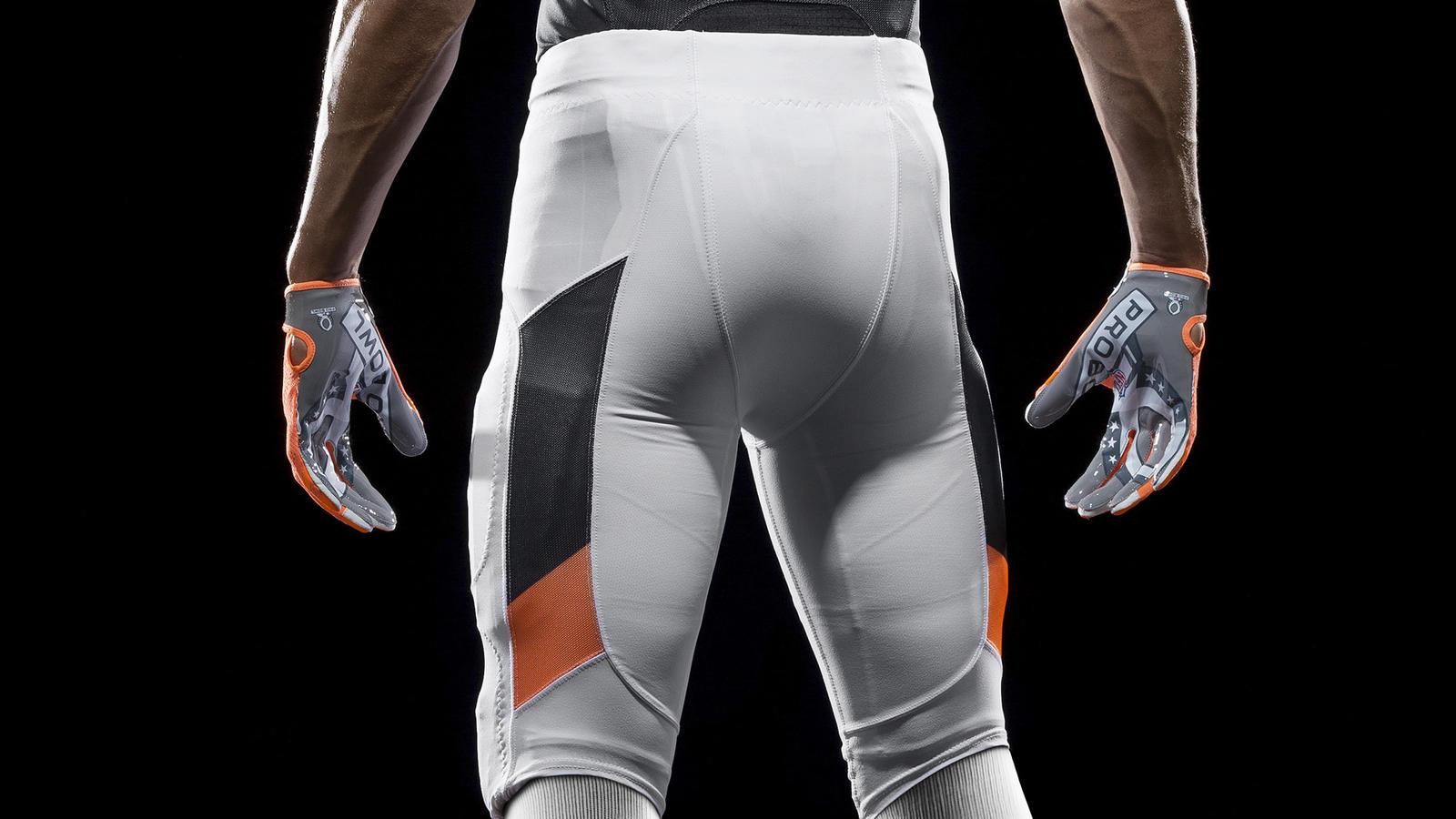 SP14_NFL_SB_TeamUni_NFC_4699_PR_crop_3