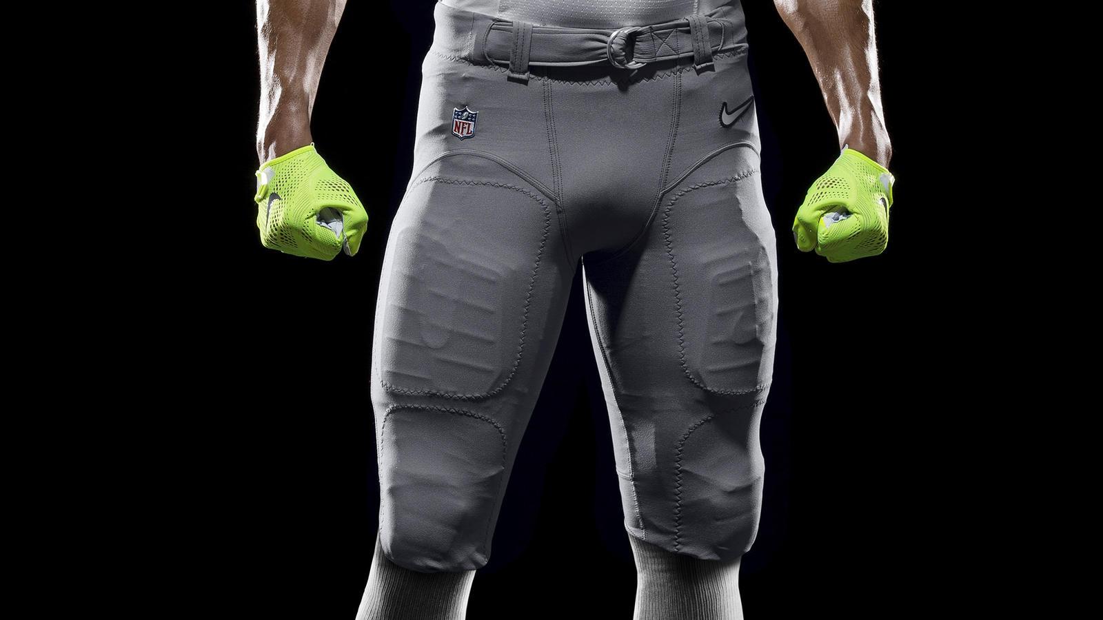 SP14_NFL_SB_TeamUni_AFC_4650_PR_crop_1
