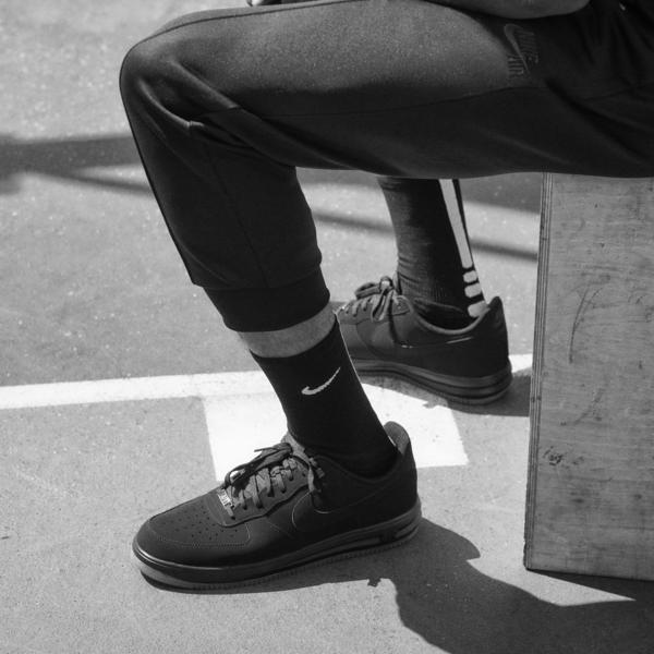 Nike Air Crossover Warm-Up Pant_1