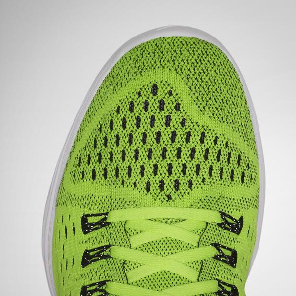 Nike LunarTempo - Breathable Flymesh upper