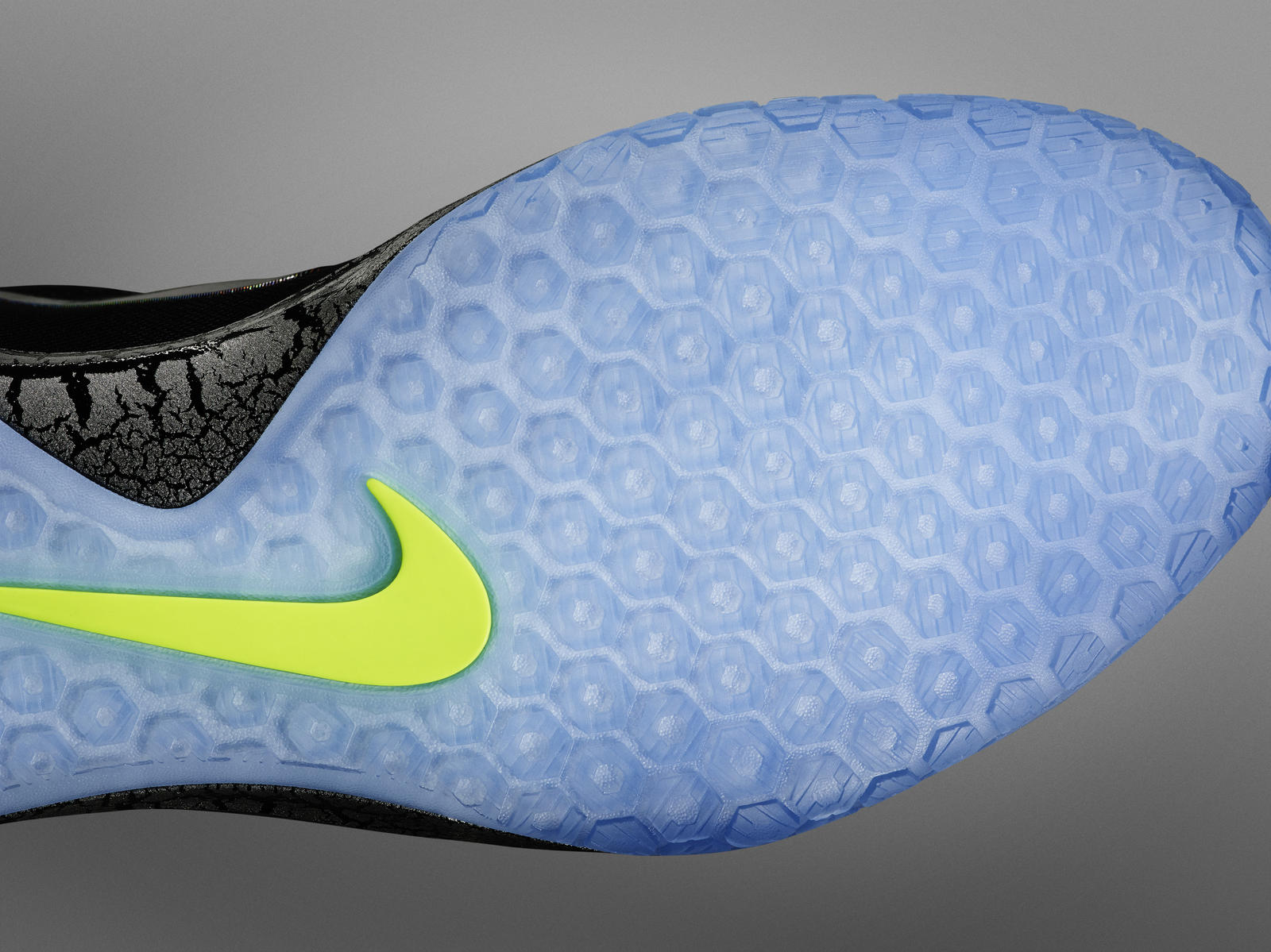 Introducing the Nike Hyperchase Basketball Shoe for