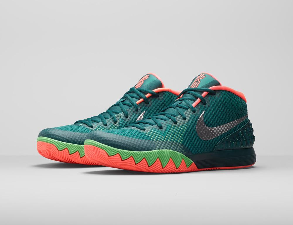 the best attitude cb8b3 702ac KYRIE 1 Flytrap Basketball Shoe Captures Deceptive Quickness