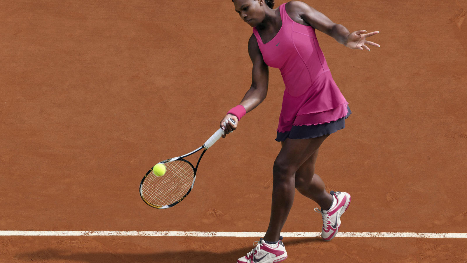 Serena_Williams_French_2011_01