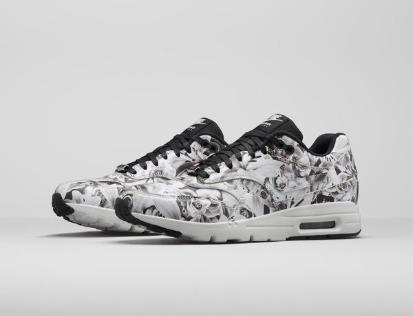 mickey mouse nike air max