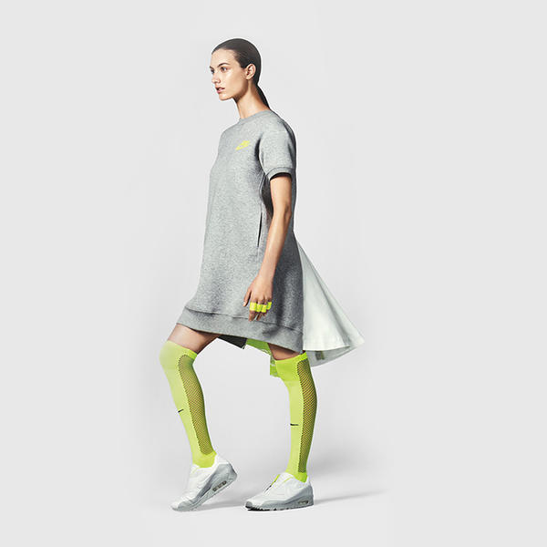 NikeLab x sacai Tech Fleece Dress