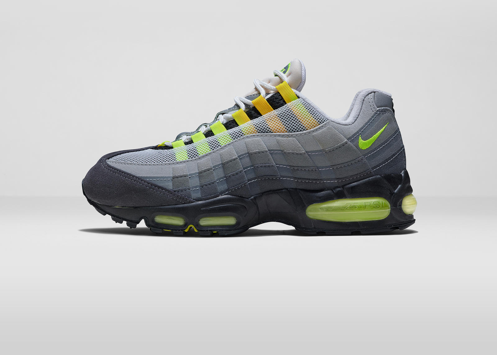 Nike_AirMaxDay_2015_1995_LAT