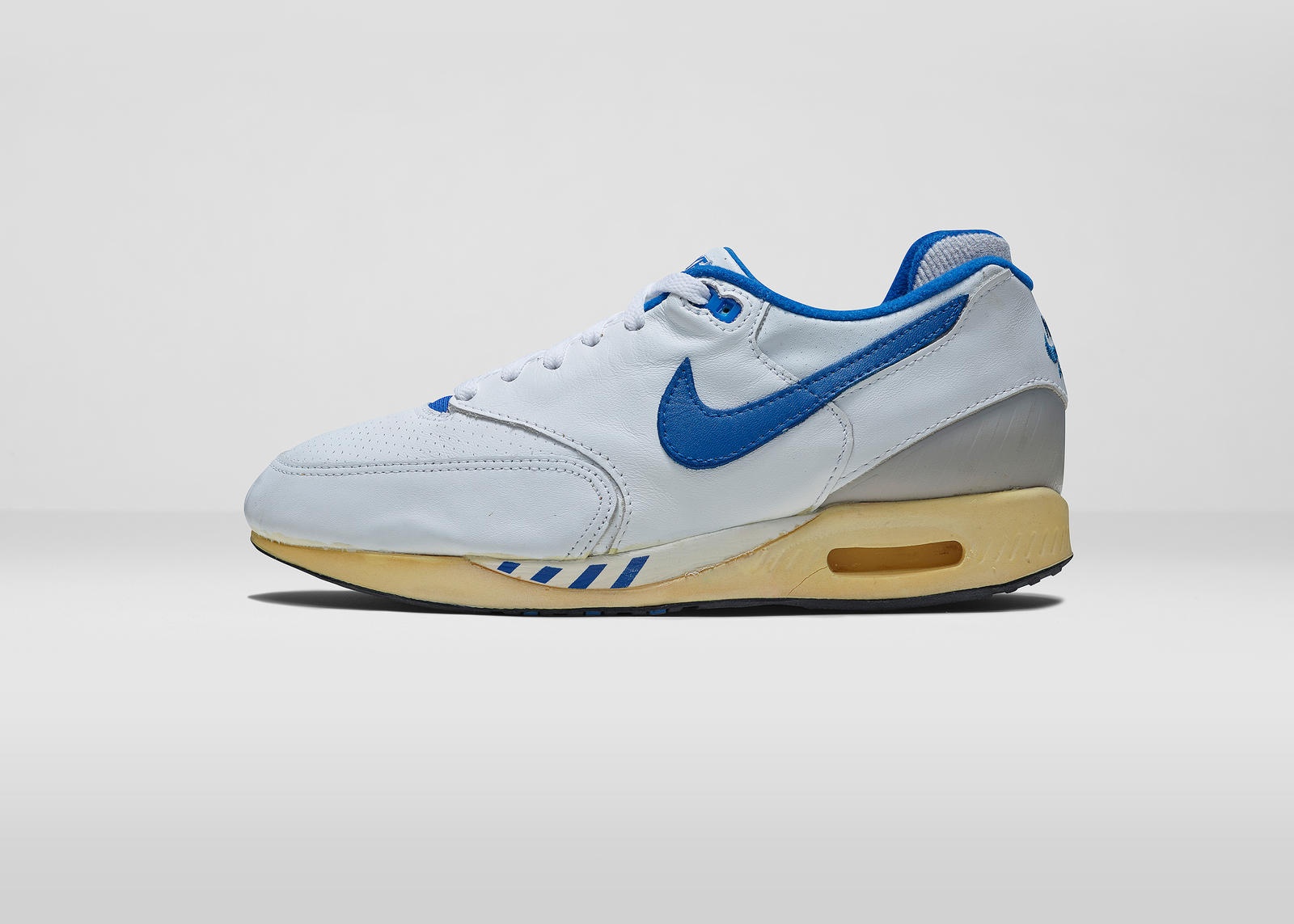 Air Walker Max (1988). Nike AirMaxDay 2015 WALKER MAX LAT.  Nike AirMaxDay 2015 WALKER MAX OUT 2e5793fe9
