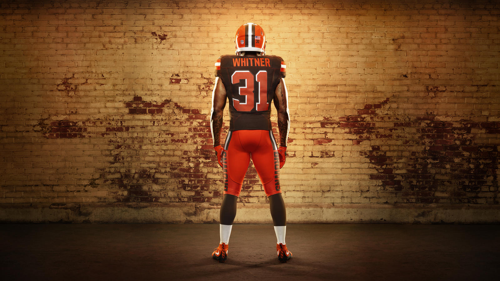 45626_268352_Nike_FB_Cleveland_Donte_Whitner_Soldiers_0079_16X9