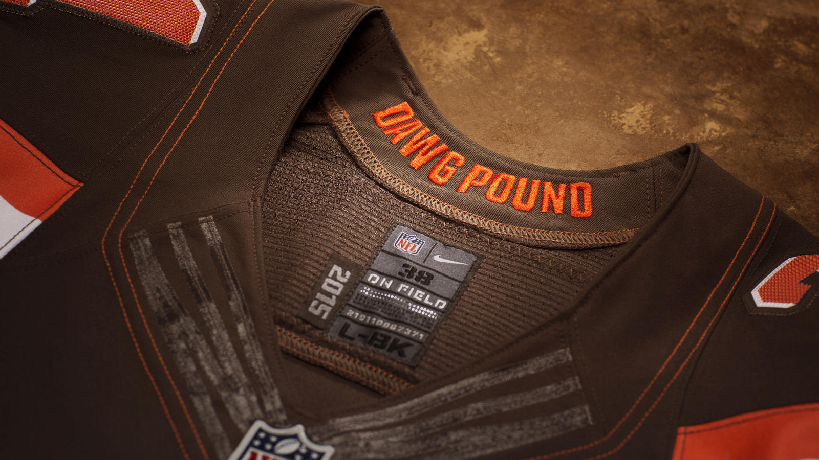 Nike_Cleveland_Detail16x9_Collar