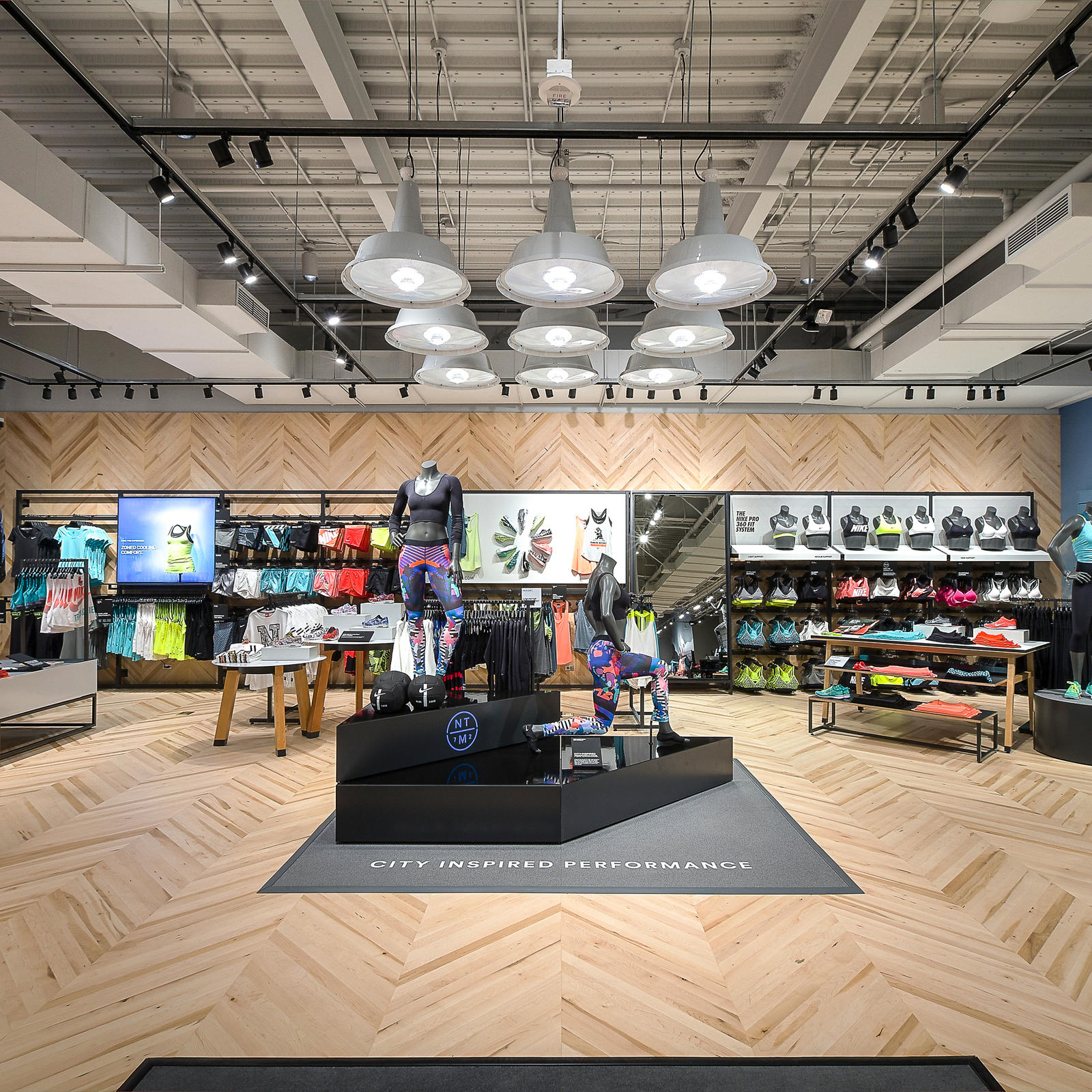 Nike Sta.Monica Store Re Opening%204.15.15 4