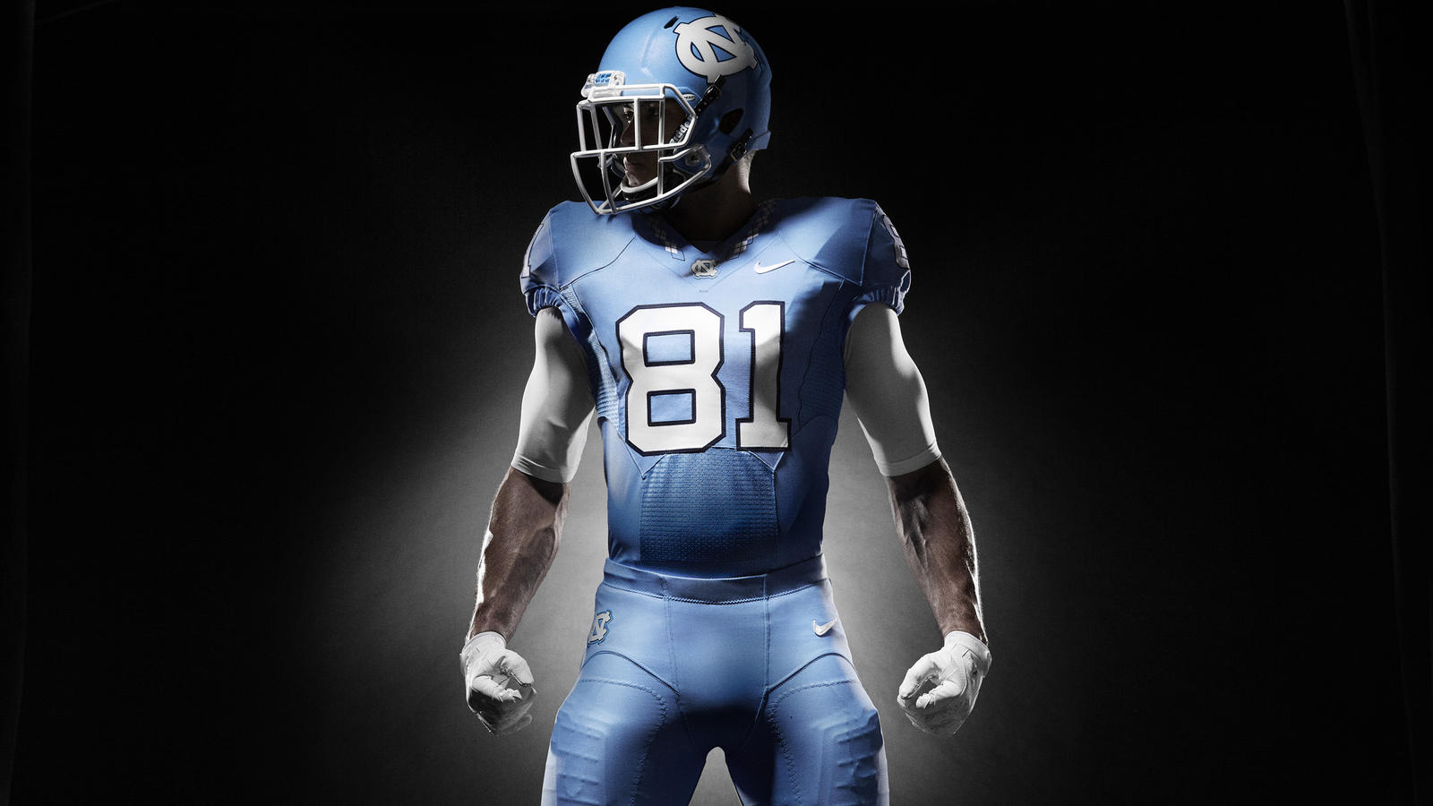 7918136e249 UNC Unveils Tailored Athletic Look - Nike News