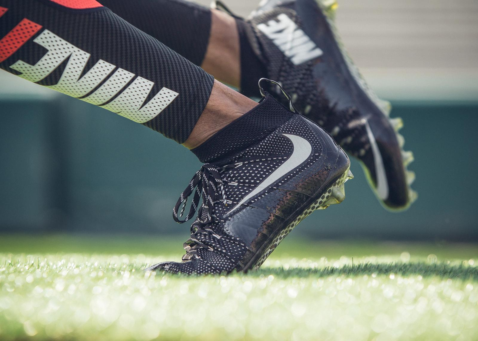 all black nike football cleats nike mens football