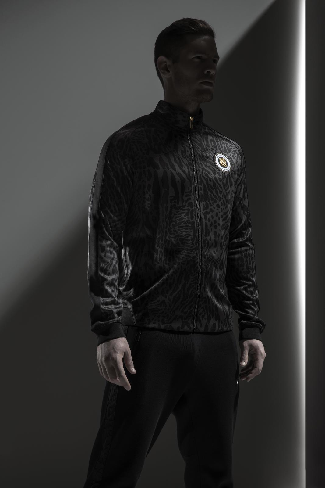 Su15_NSW_NikeFC_N98 Jacket_01