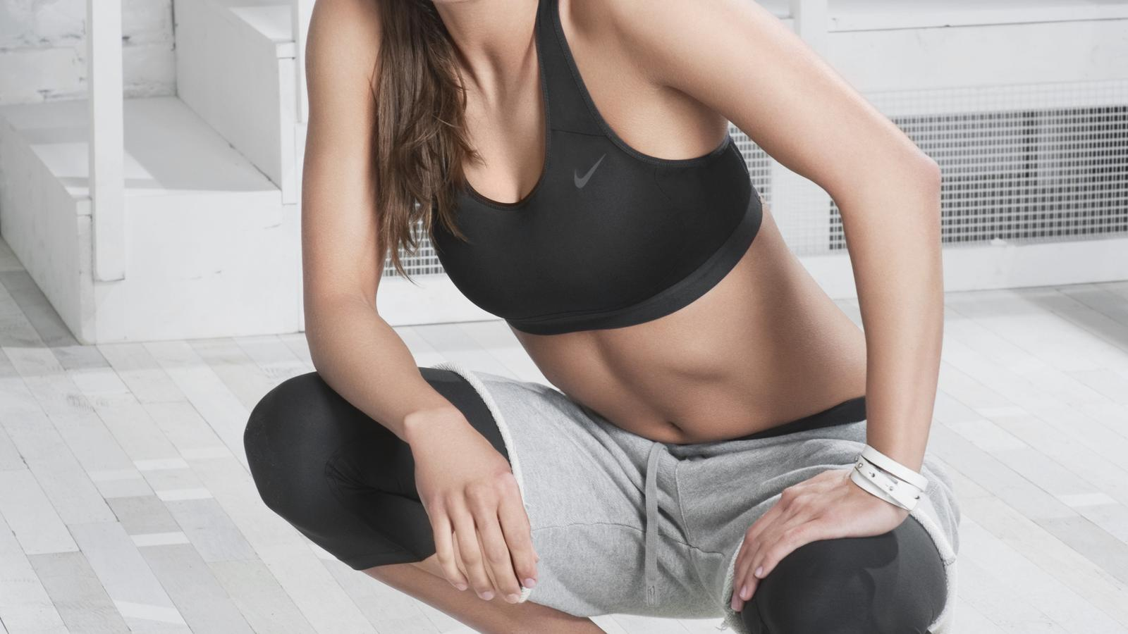 Nike_Victory_Contour_Bra_Full