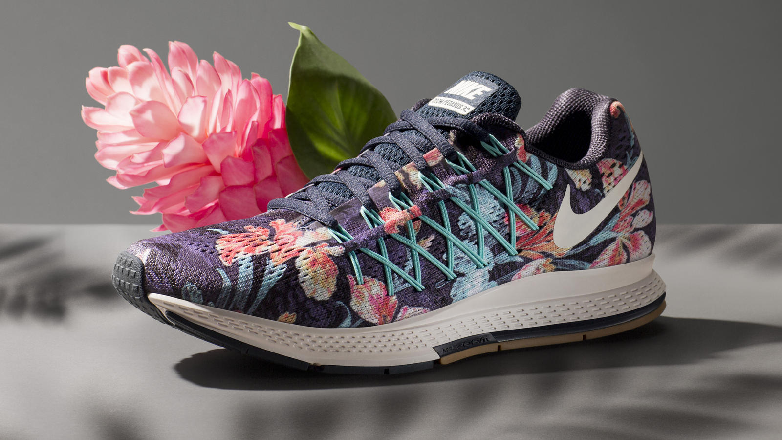 skilja censur hund  Run in Full Bloom: The Nike Photosynthesis Pack - Nike News