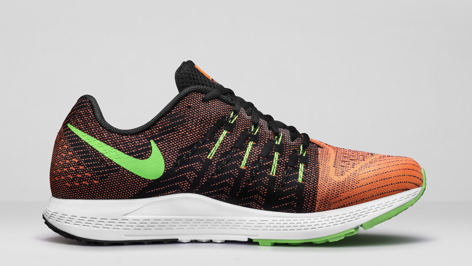 Arrepentimiento grava a pesar de  Nike Air Zoom Elite 8: Low, Sleek, Fast and Light - Nike News