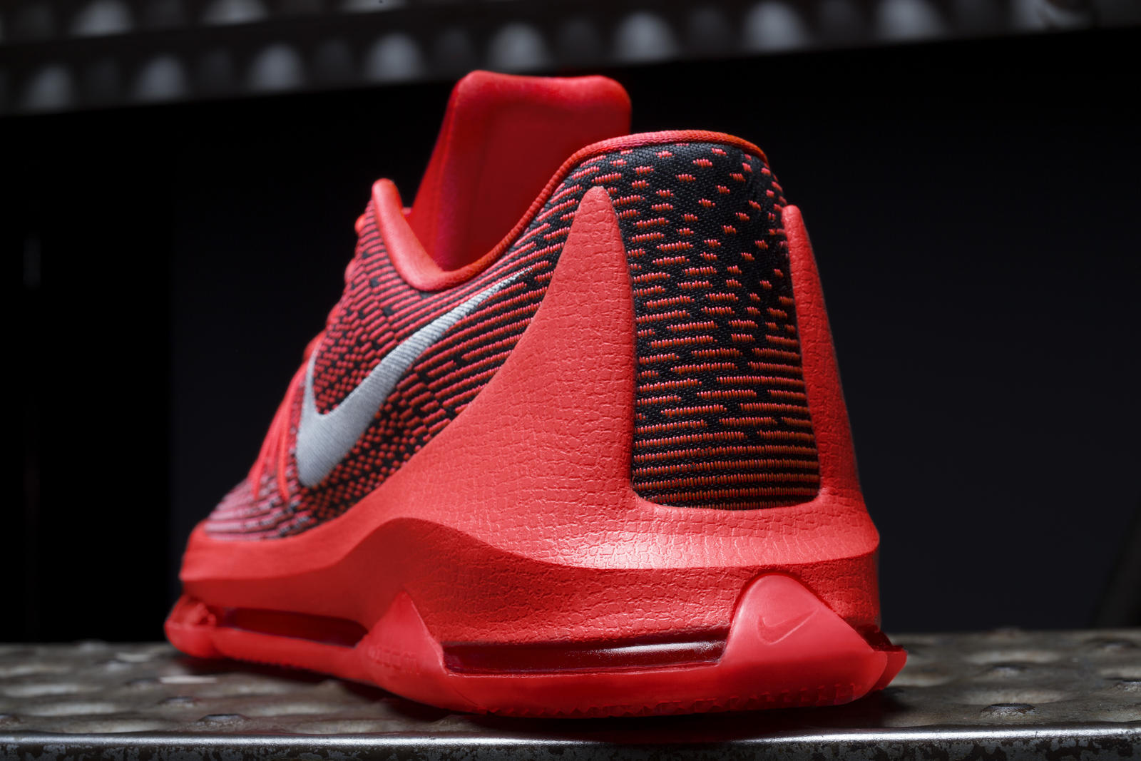KD8 Combines Flyweave technology and