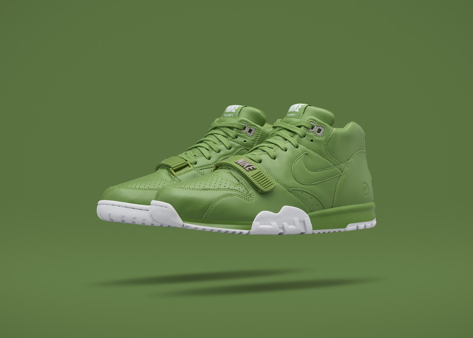 Nikecourt air trainer 1 x fragment 7 rectangle 1600