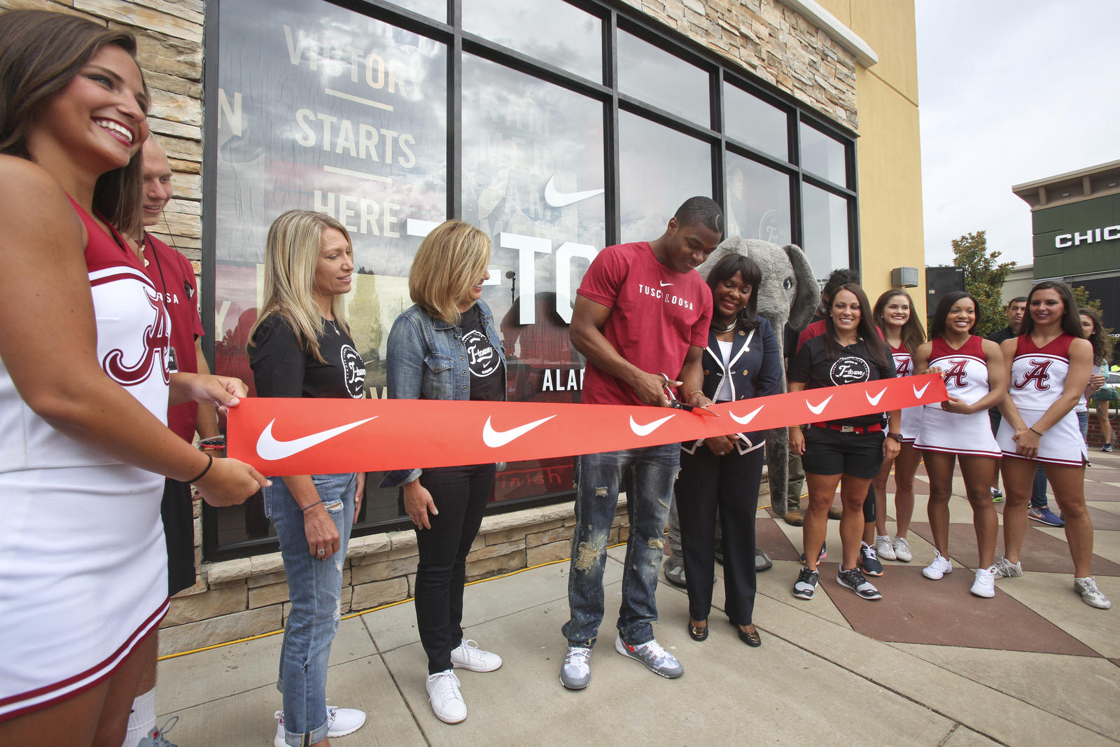Rise and Roll T-Town  Nike Comes to Tuscaloosa - Nike News 2c5de2e320