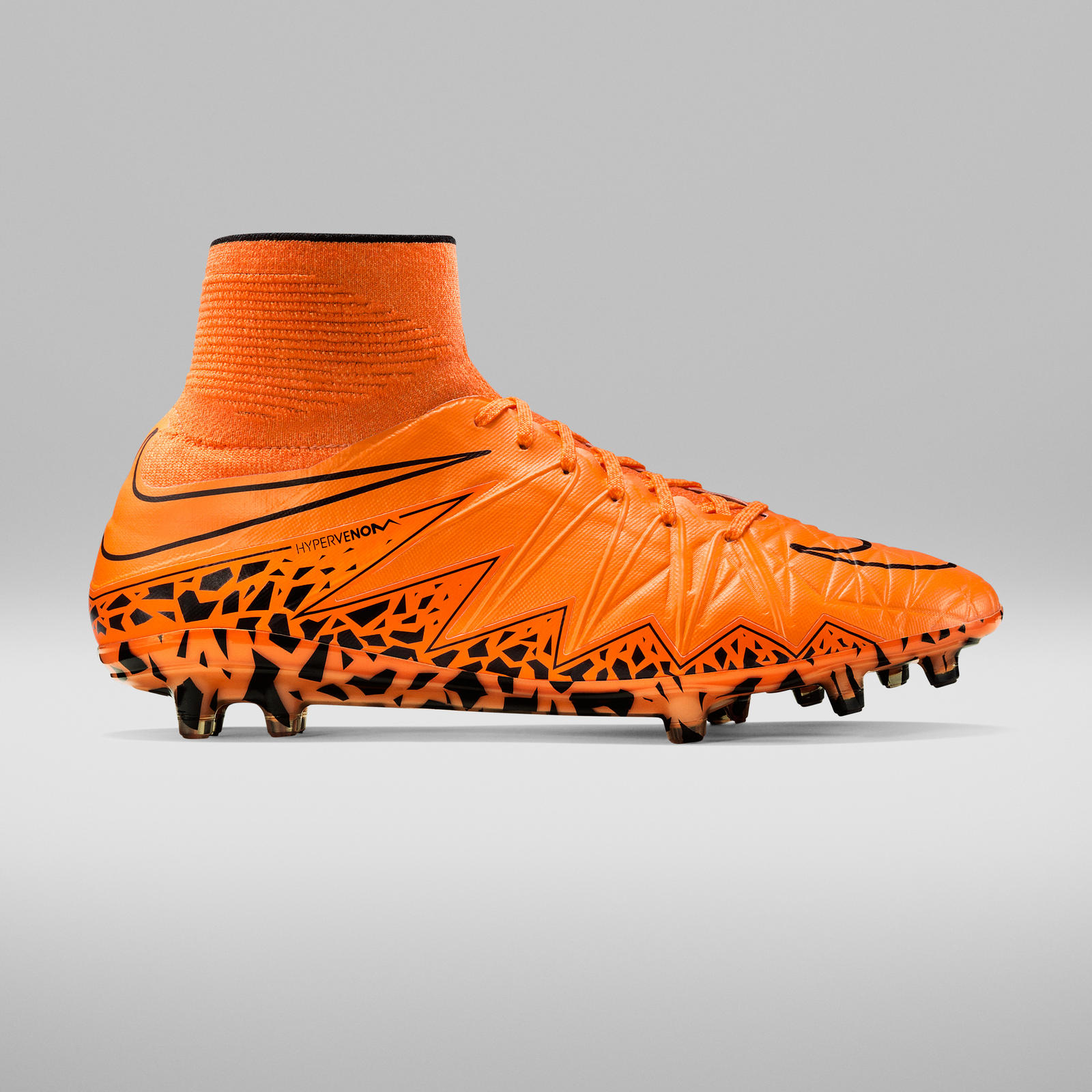 FA15_FB_FG_HypervenomPhantomII_Orange_Lateral