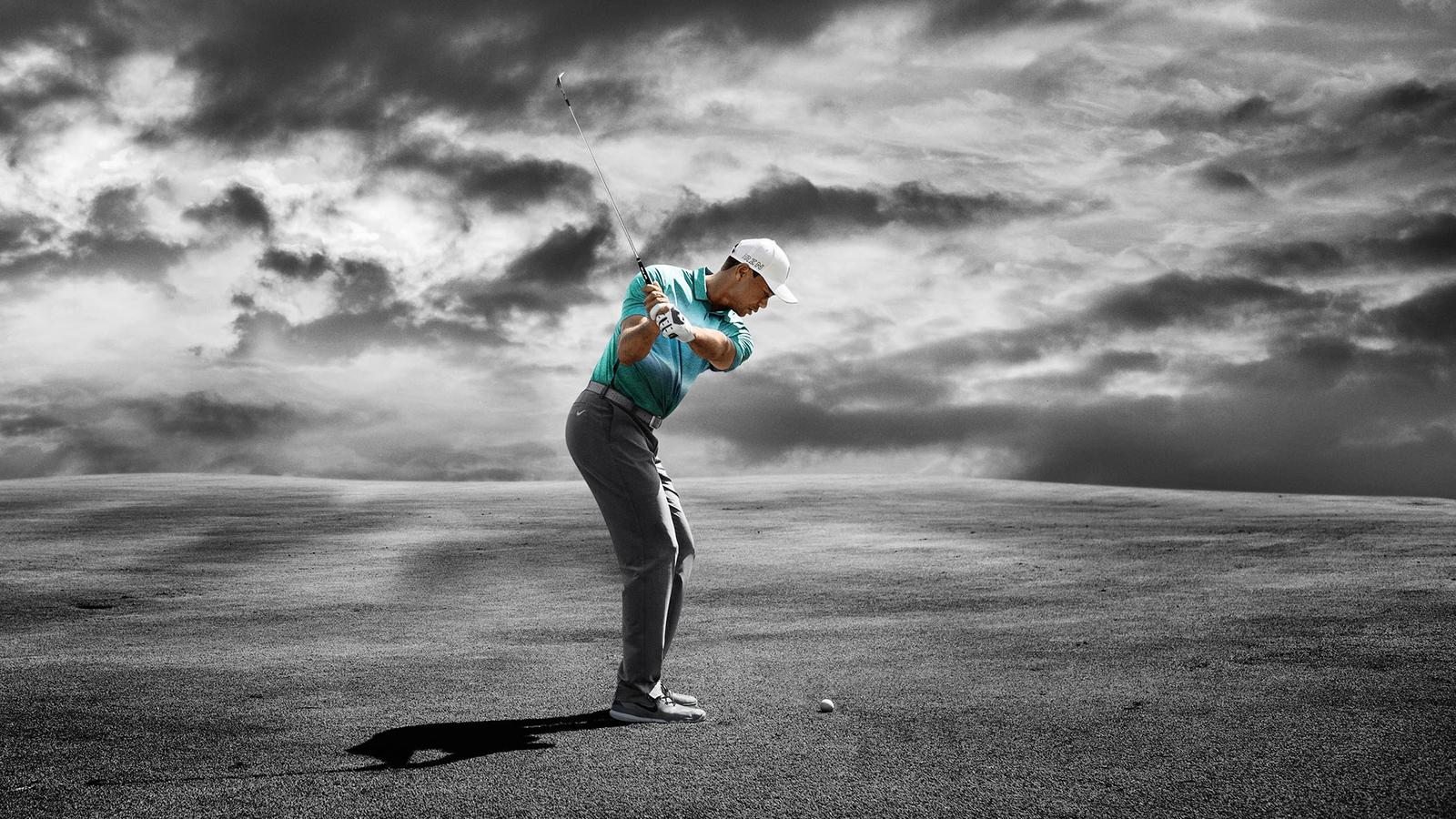 Tiger Woods And Eight Nike Athletes Battle The Old Course With New