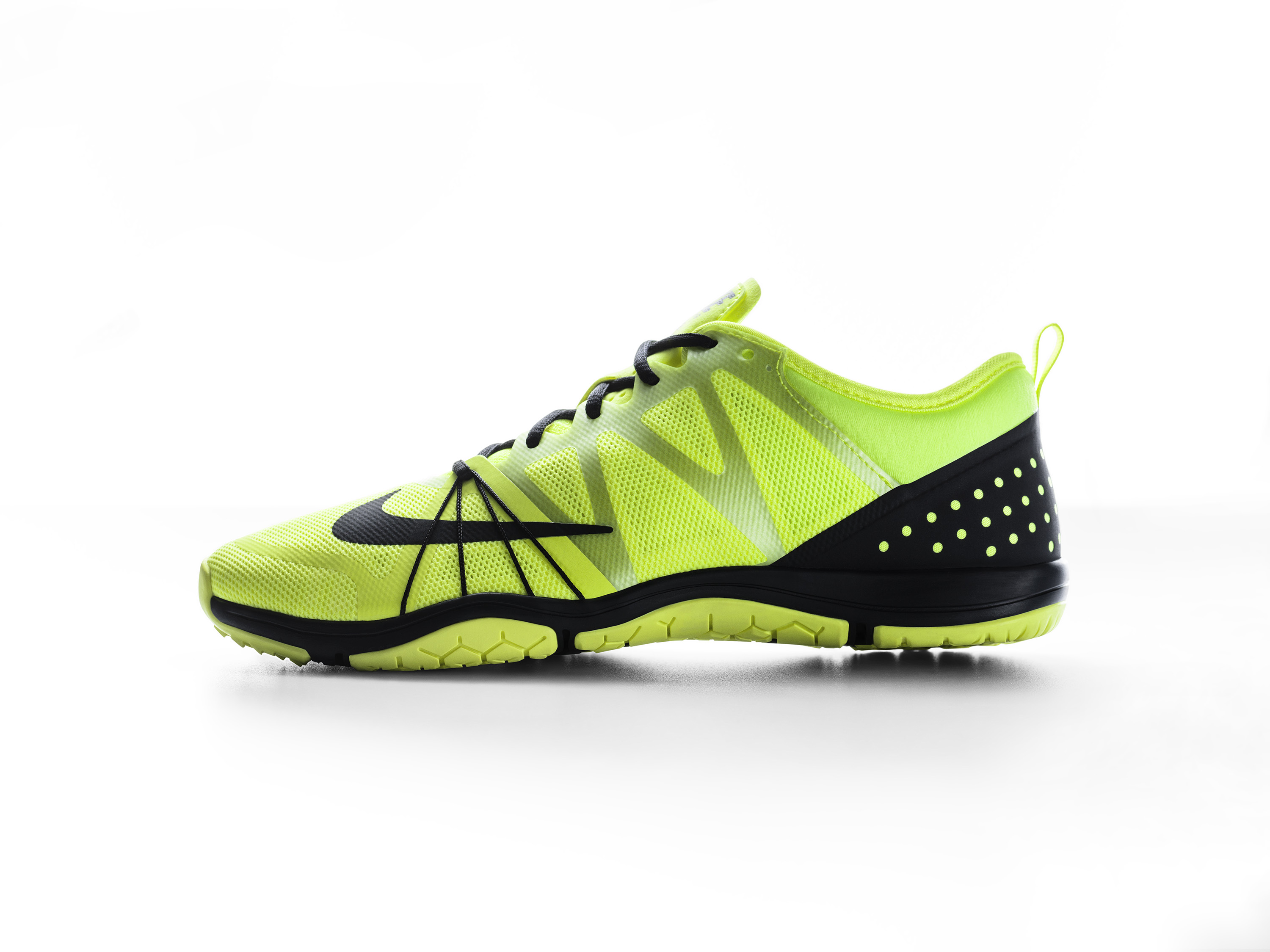nike free cross compete women's yellow blazer