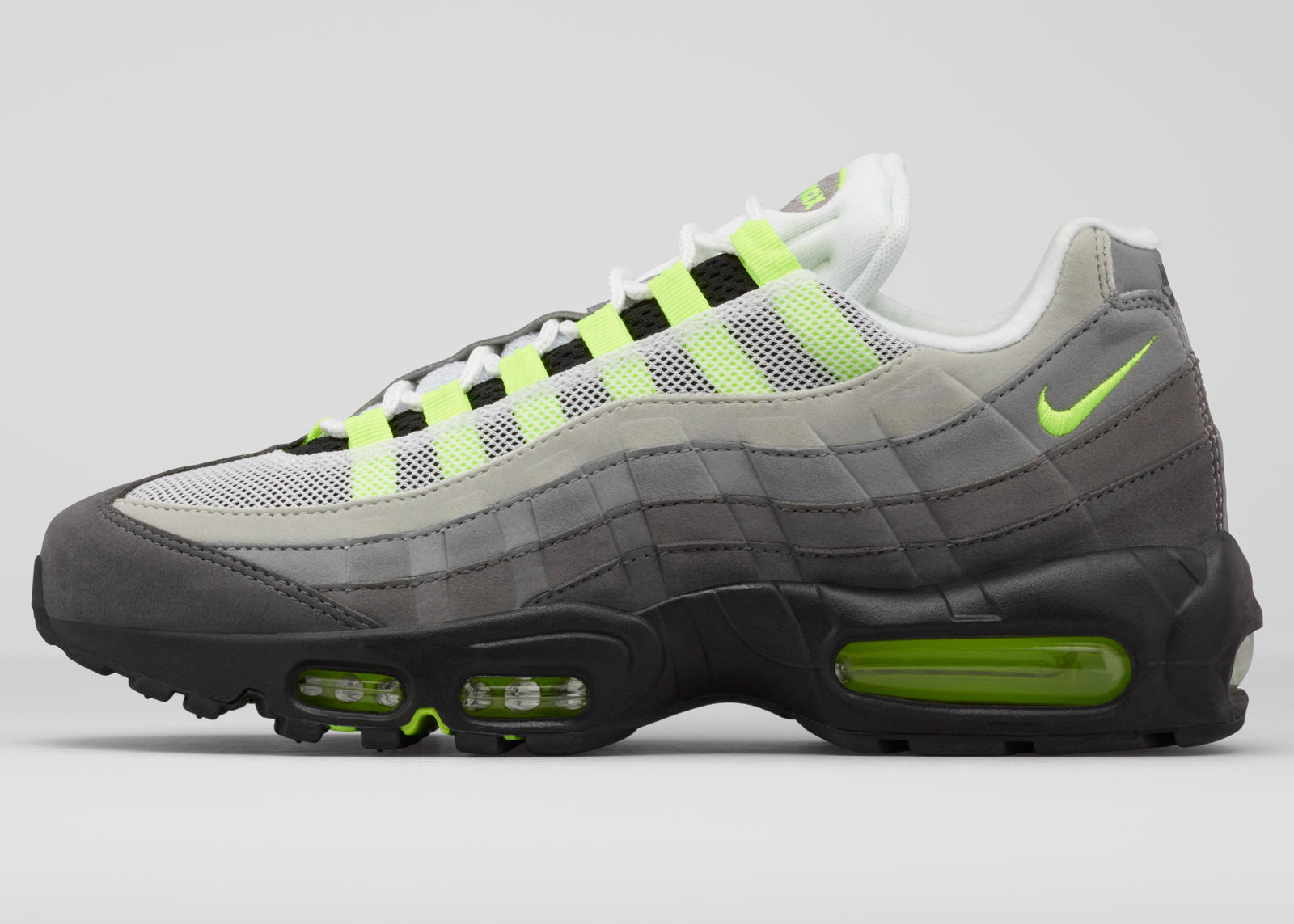 nike air max 95 black and lime trainers academy