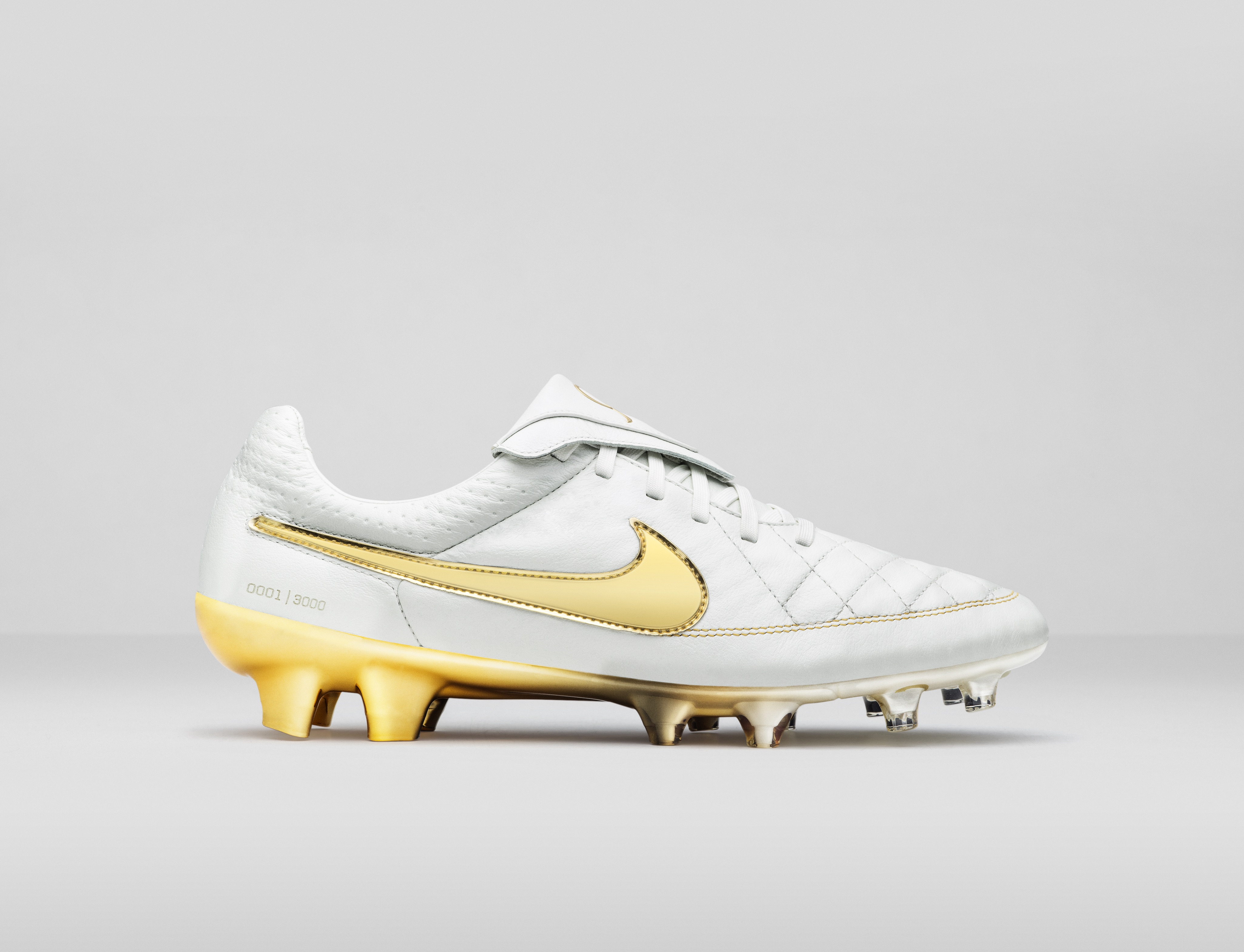 release date: 7e8fa 8da8b ... ronaldinho precio LO · HI Nike ...