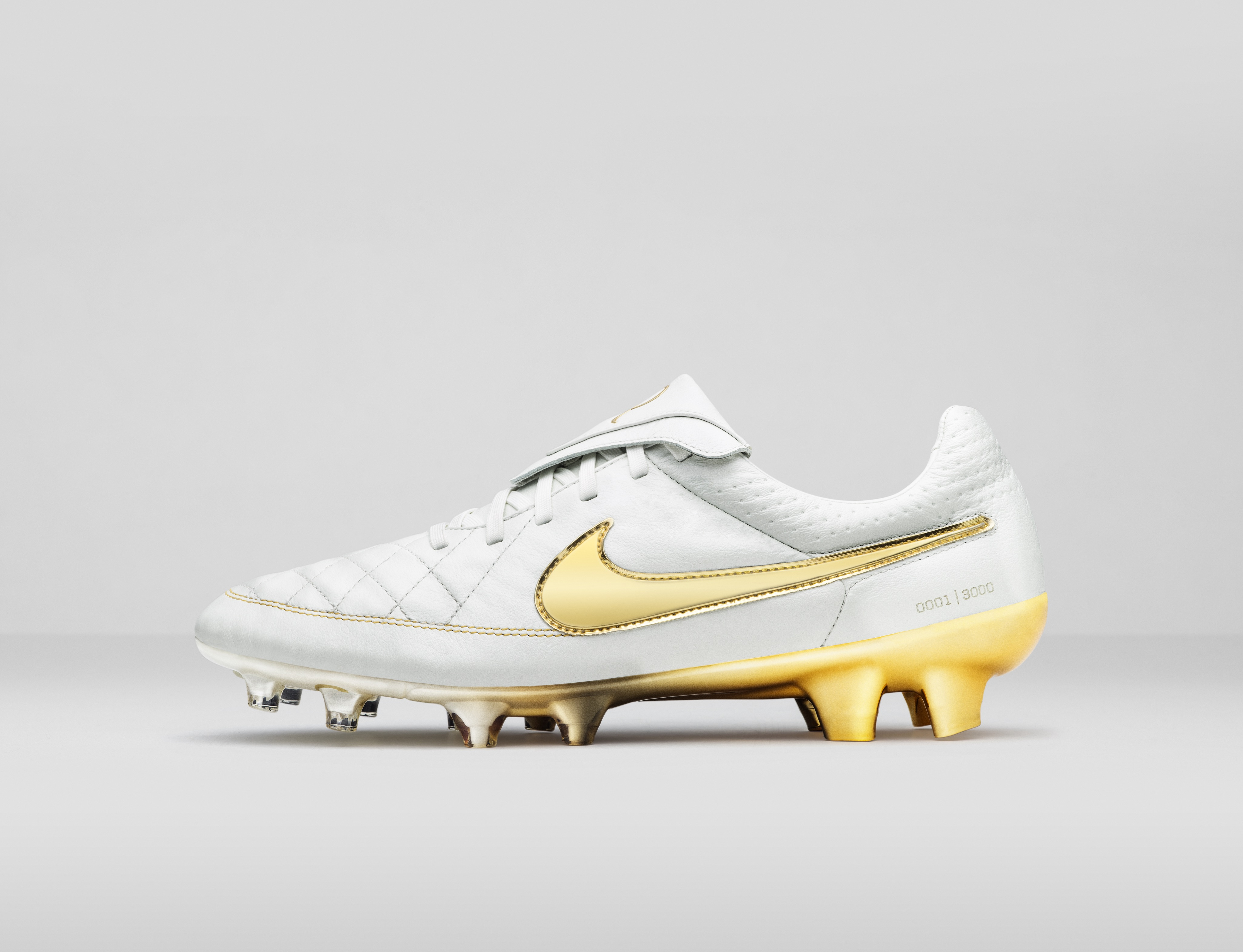 2878ceef1 ireland original nike legend r10 boots 2005 fa57d 7ea93  where can i buy nike  ronaldinho shoes 51895 f8936