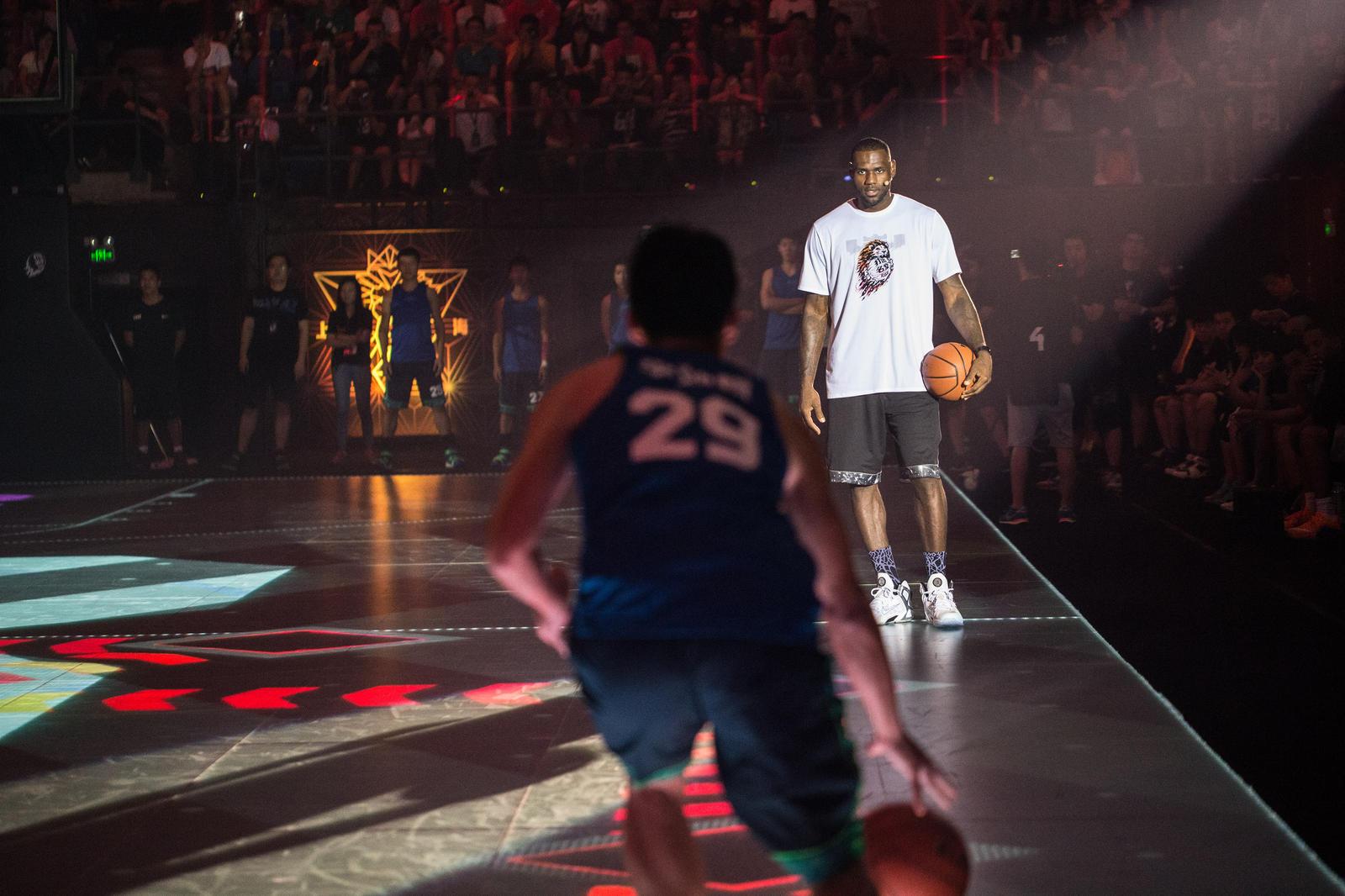 a017d579b5edf2 LeBron James Helps Bring RISE 2.0 Initiative to a Close - Nike News