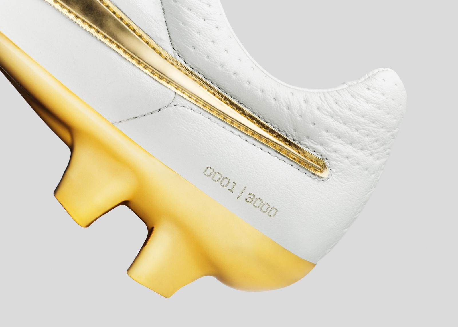 Nike Football Ronaldino Tiempo Gold Det 09 Original Porto