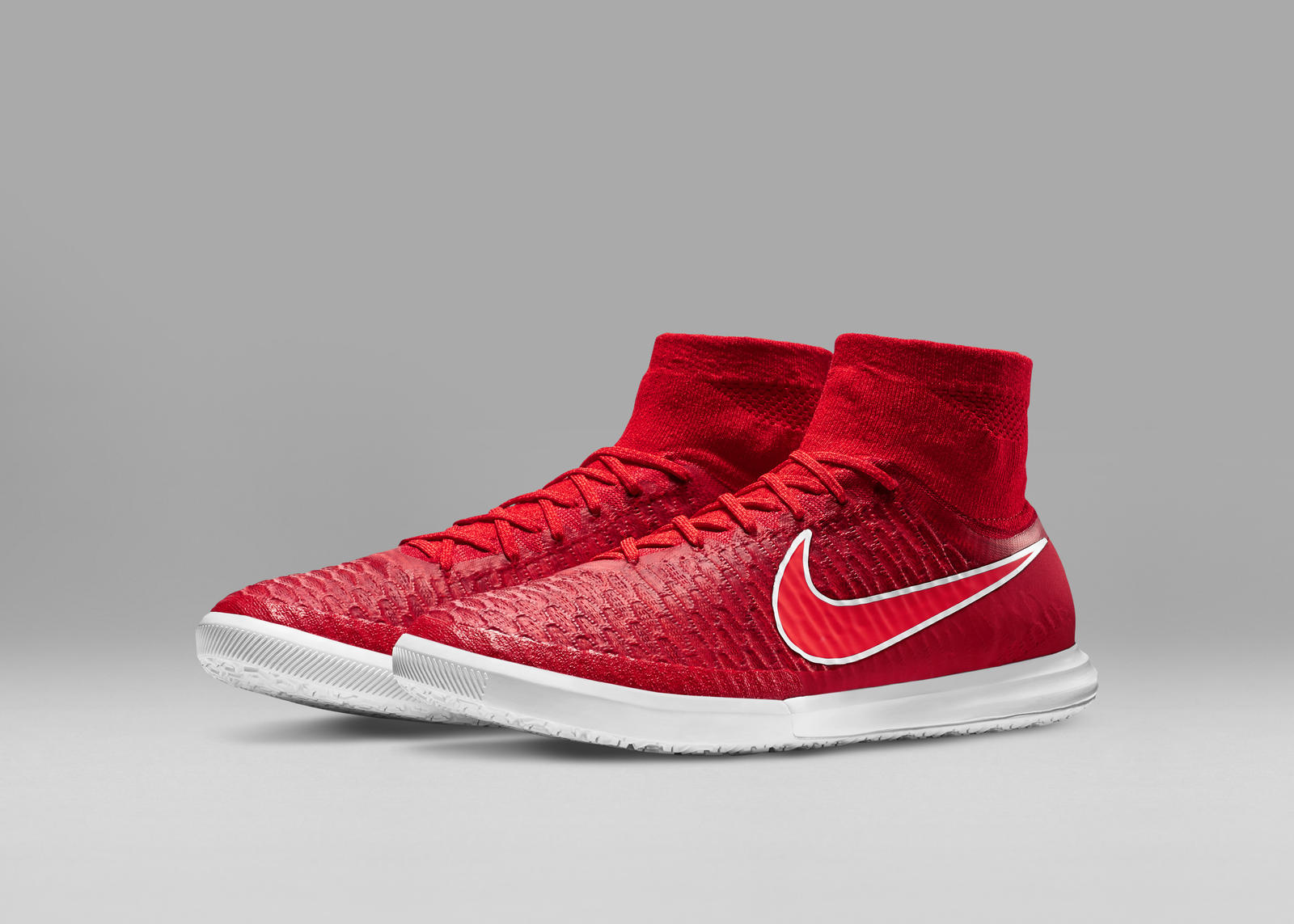 Nike-Football-Soccer_NFX_STREET_MAGISTAX_PROXIMO_IC_E_PREM