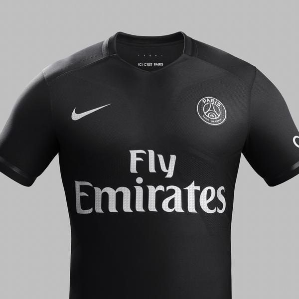 huge discount 86df9 30578 Nike Dark Light: Powerful Black Paris Saint-Germain Kit ...