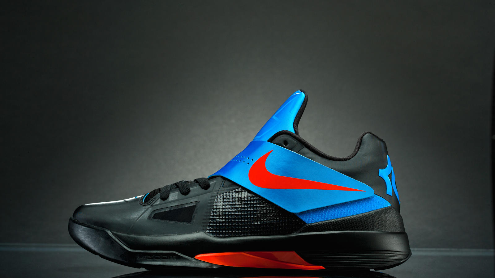 premium selection cdb2b fd0eb Launching December 3, the Nike Zoom KD IV features the new Adaptive Fit  system, Hyperfuse construction and a Zoom Air unit – a versatile combination  for one ...