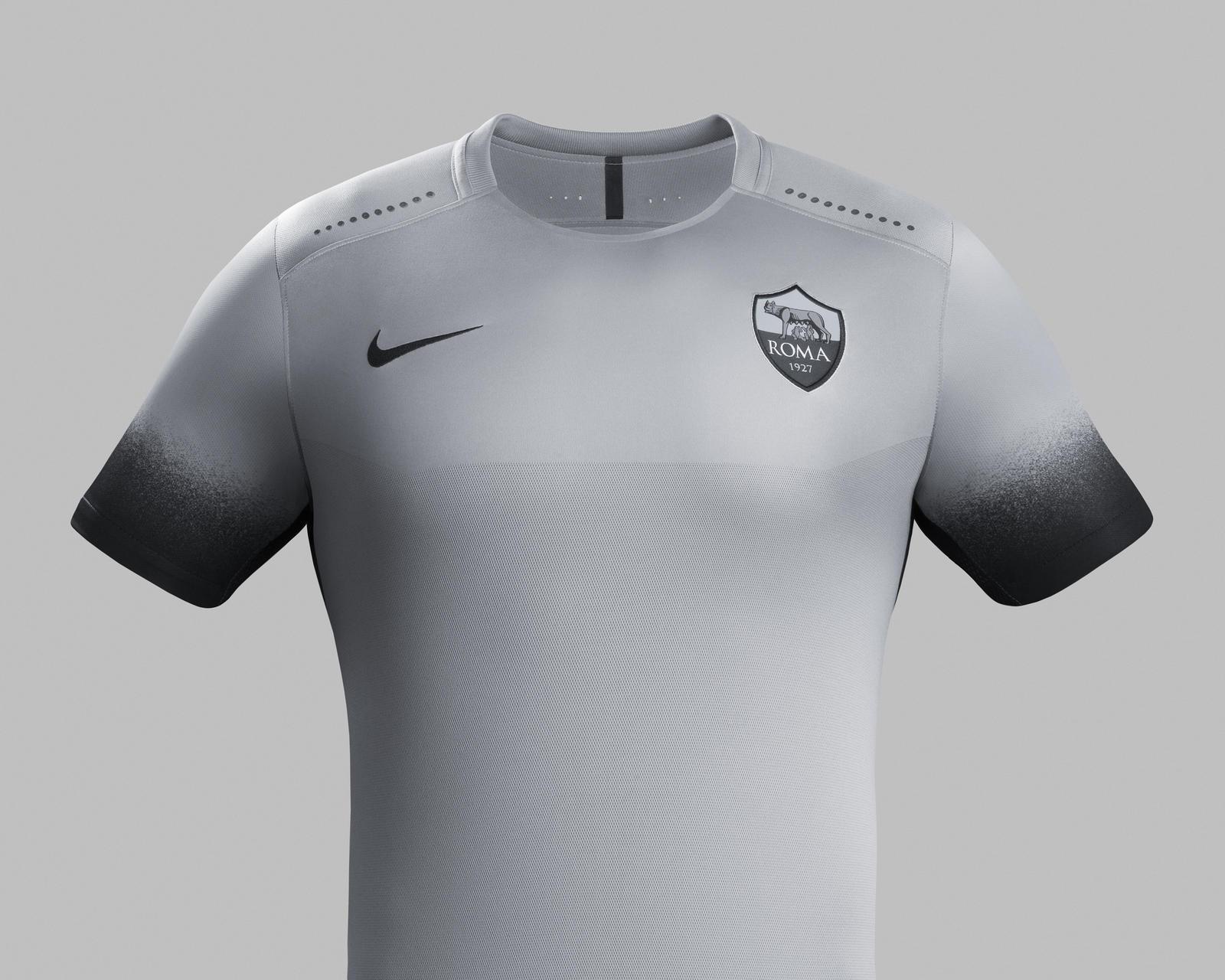 Ho15 Club Kits Jersey Pr Front As Roma R Original