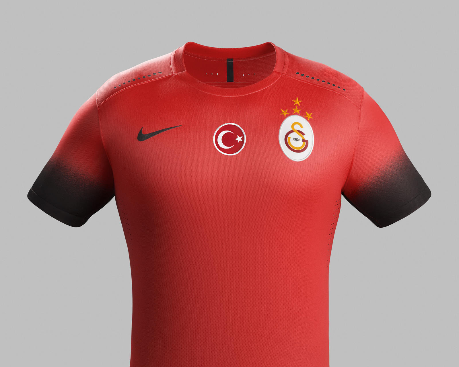 Nike_Galatasaray_Night_rising_Chrest_Front_native_1600.jpg?1442351659