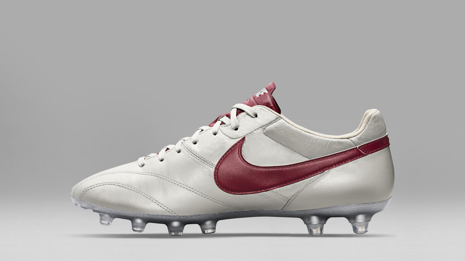a86dc38daf8 Metallic Summit White and Team Red Metallic Silver.  HO15 FB TIEMPO LEGEND PREMIER SE MTLC SMMT WHITE RED C PREM