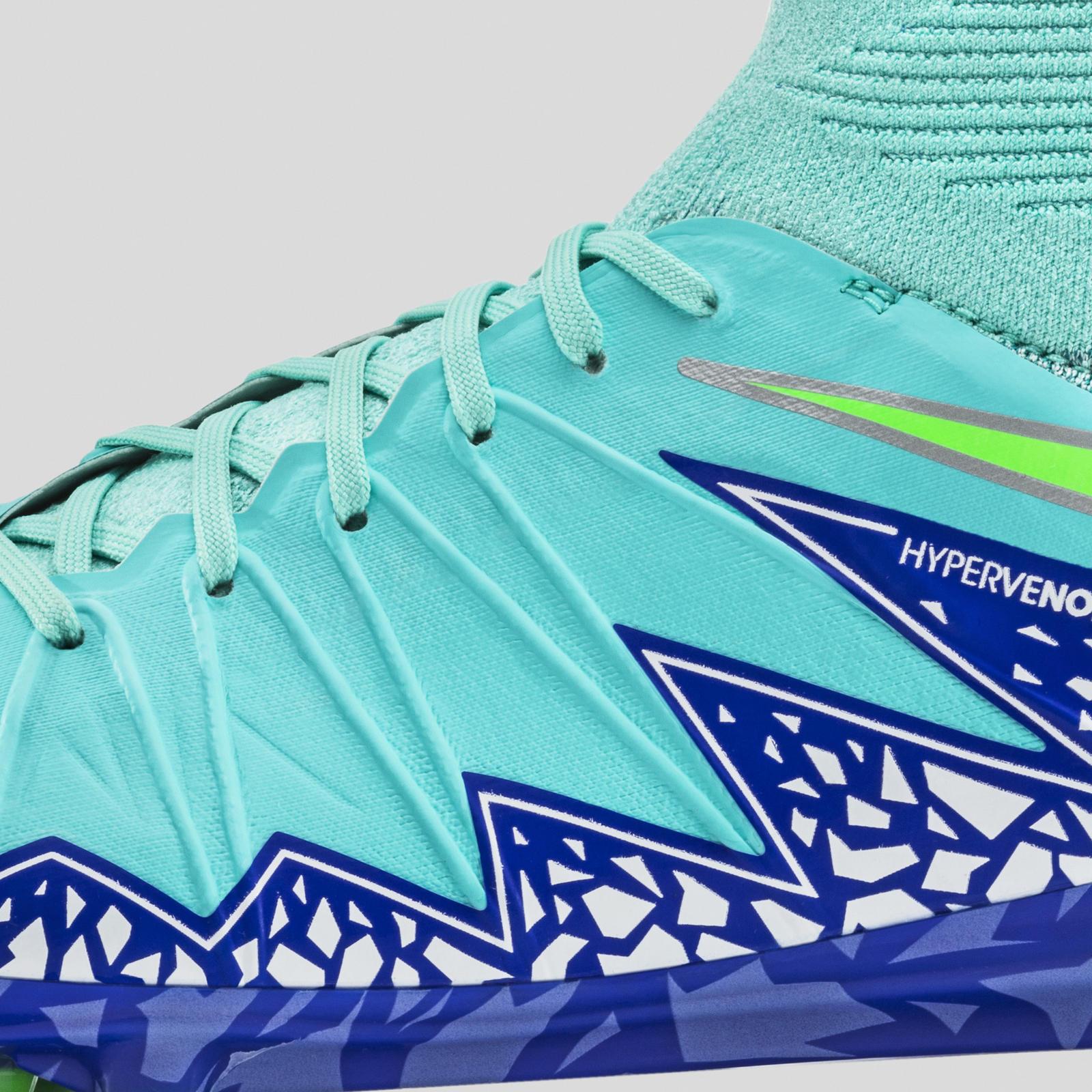 Nike Glbl Football Wmns Sp16 Hypvnm Phnsh Detail Lat
