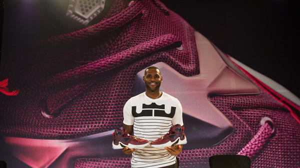 LEBRON 13: Built for Explosiveness