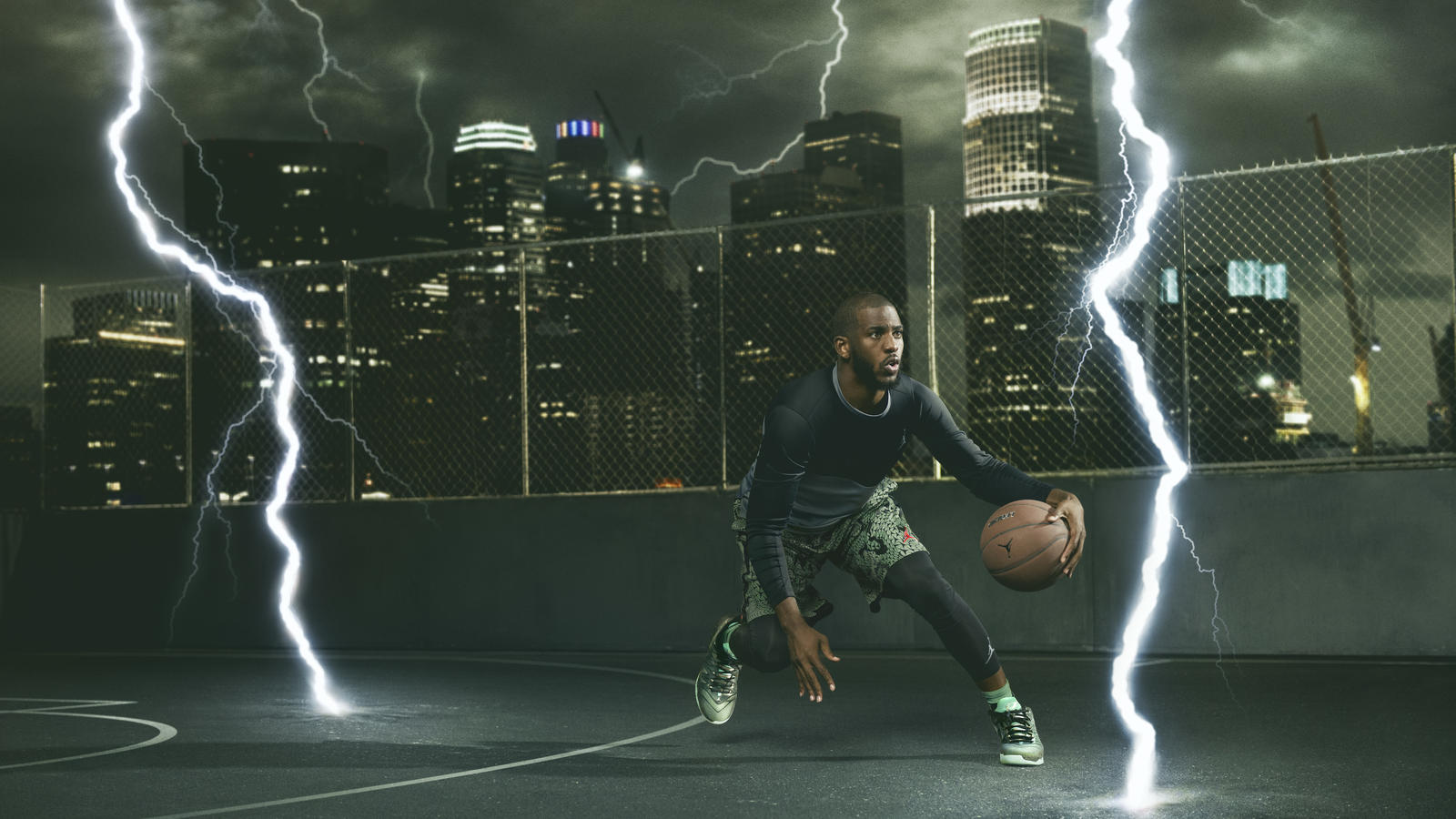 Chris Paul in the Jordan CP3.IX Emerald
