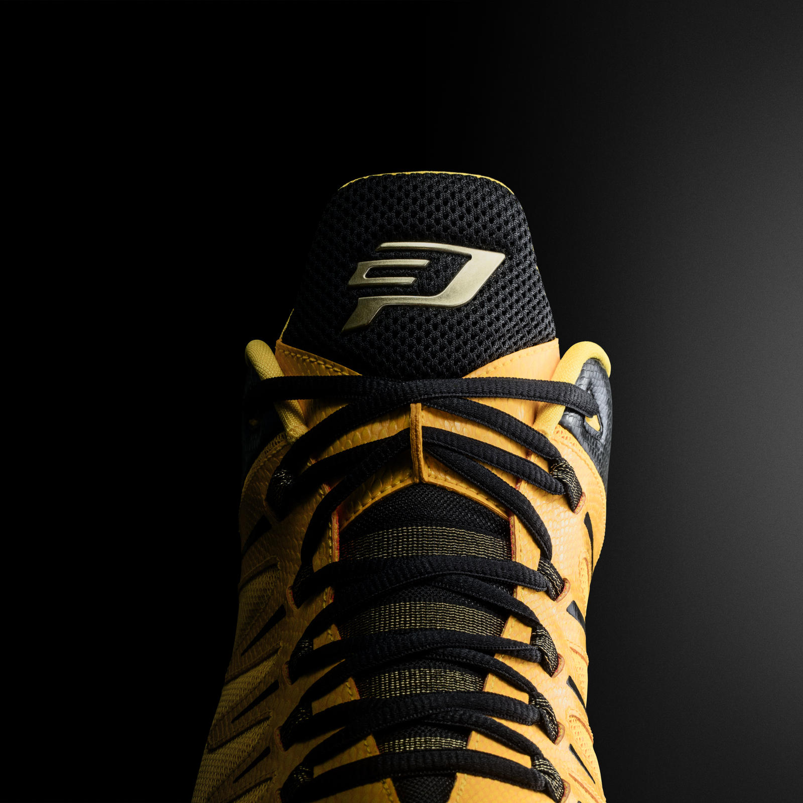 official photos 5a9cf 11c07 Jordan CP3.IX Yellow Dragon