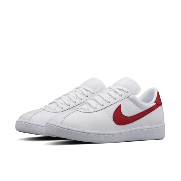 nike shoes with red swoosh