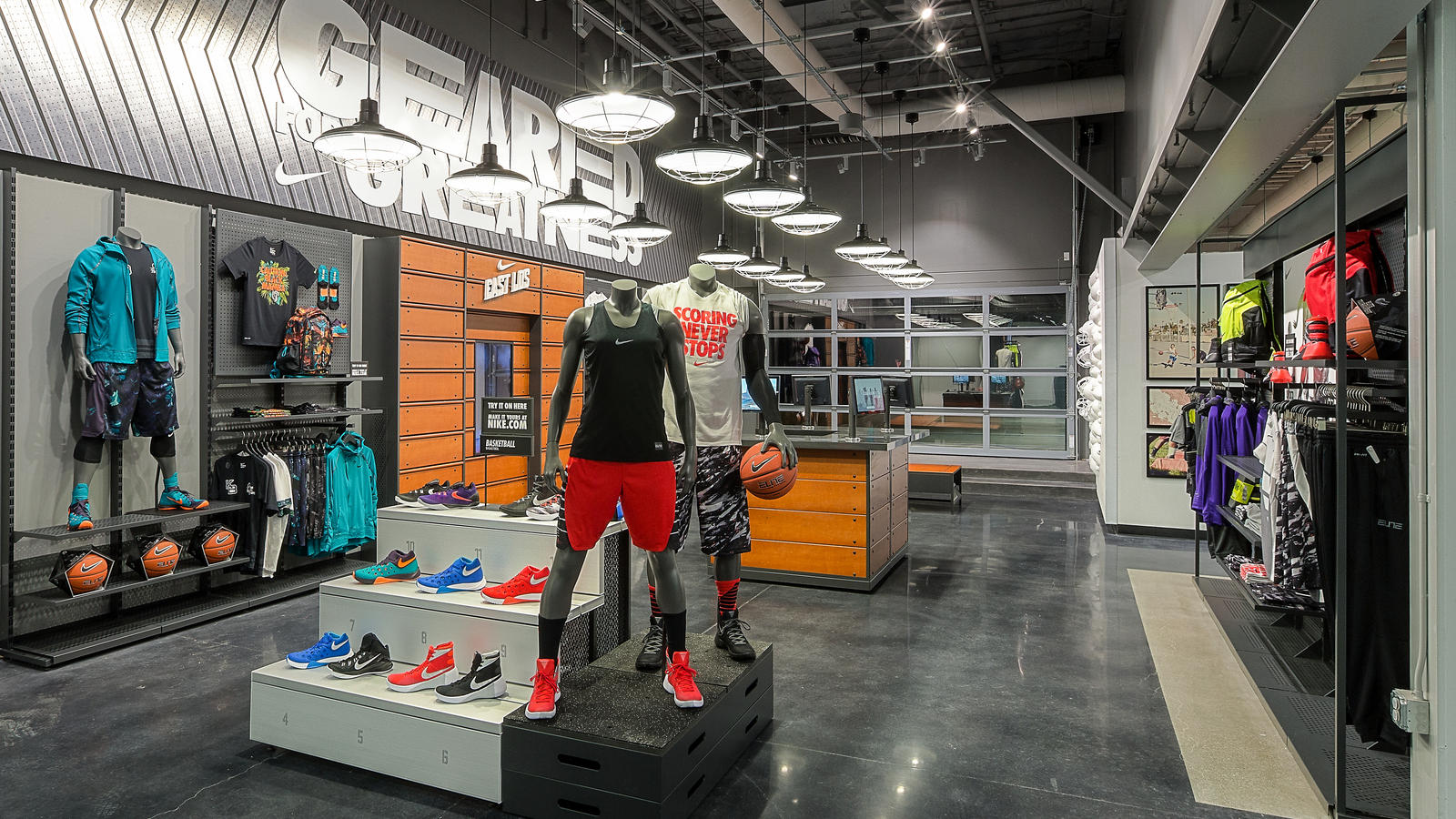 Nike S New East Los Community Store Ignites Sport And Local Engagement Nike News