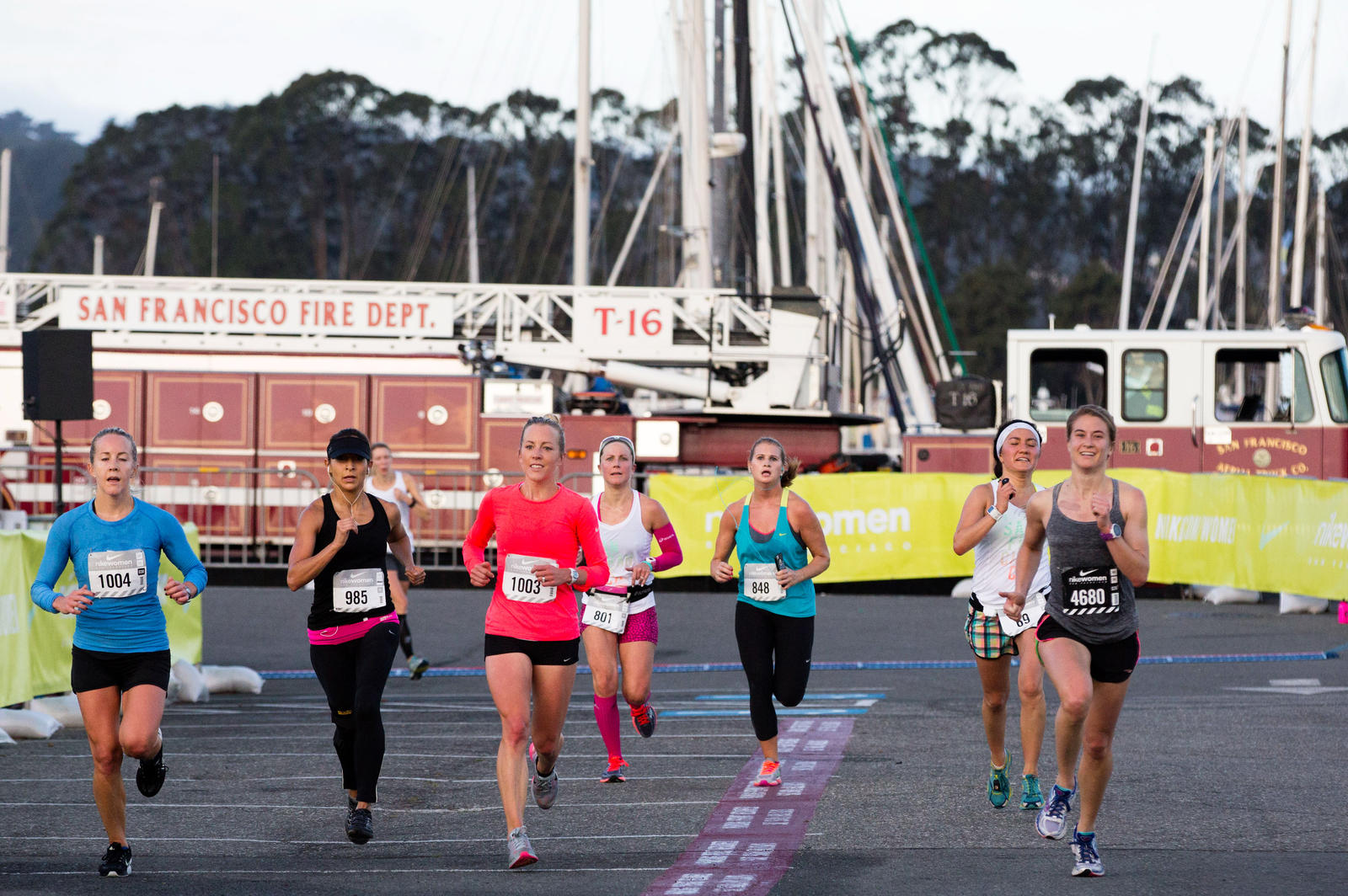 Sf Finish Fire%20 Truck%20and%20 Runners