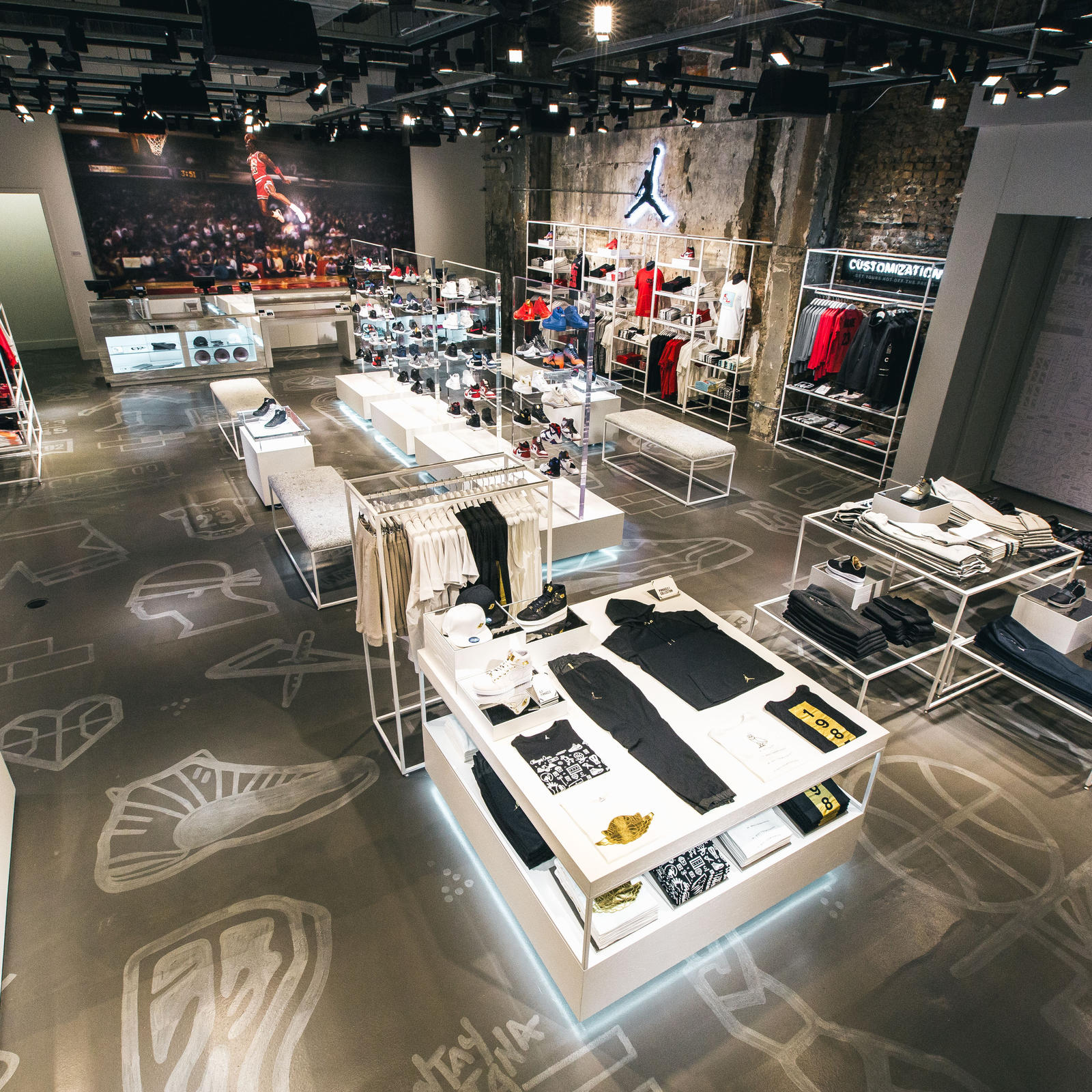 Jordan Brand Unveils 32 South State