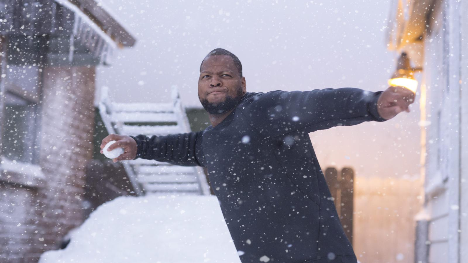 Nike Cold Weather Stills Ndamukong Suh Neighborhood 0138