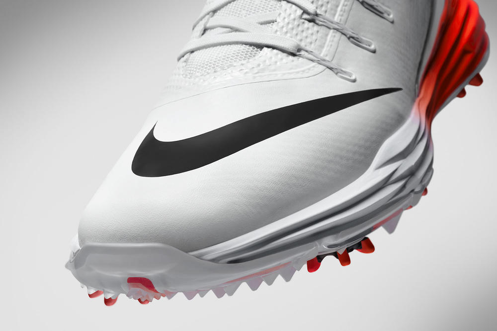 Rory McIlroy laces up in the new Nike Lunar Control 4